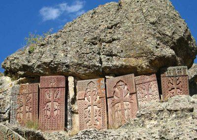 I-Armenien-Chatschkare-im-Kloster-Geghard